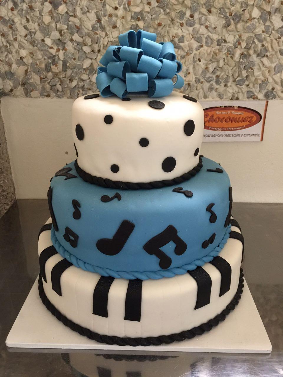 Tortas de quince años Choconuez pastelería